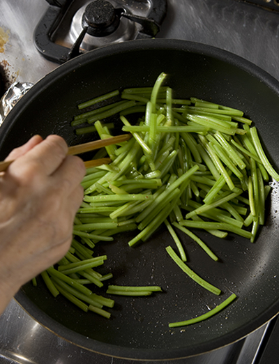 野菜摂取量(1人1日当たり)